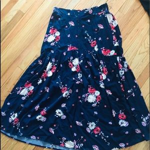 Torrid blue floral summer flowy maxi skirt sz 14
